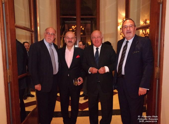 Ο κ. Γιώργος Βερνίκος, Πρόεδρος της ΟΚΕ, ο κ Λύσανδρος Τσιλίδης Πρόεδρος της FEDHATTA,  ο κ. Νίκος Βερνίκος, Πρόεδρος της Vernicos Maritime S.A και ο κ. Στάθης Σκρέτας, Γεν. Γραμμ. της FEDHATTA