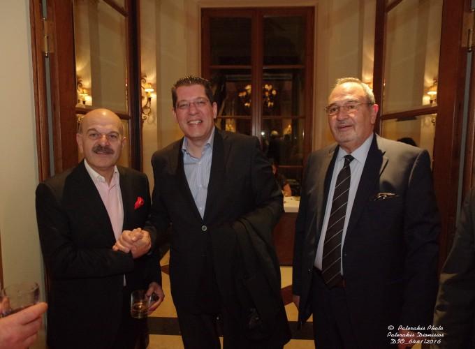 Ο κ. Λ. Τσιλίδης, Πρόεδρος FEDHATTA με τον κ. Κώστα Γκιόκα, Travel Plan και τον κ. Στ. Σκρέτα, Γ.Γ. FEDHATTA