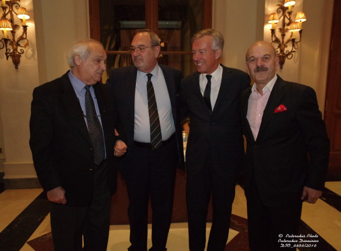 O κ. Μάκης Ζαχαράτος, Γεν. Γραμμ. Τουρισμού, ο κ. Στ. Σκρέτας Γεν. Γραμμ. FEDHATTA, o κ. Α. Ανδρεάδης, Πρόεδρος ΣΕΤΕ και ο κ. Λ. Τσιλίδης, Πρόεδρος FEDHATTA