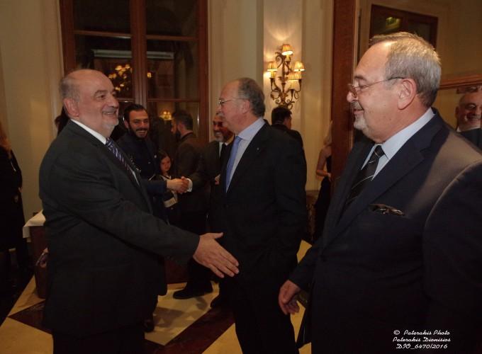 O κ. Μιχάλης Ζορπίδης, Πρόεδρος Επαγγ. Επιμελ. Θεσσαλονίκης και ο κ. Στ. Σκρέτας, Γεν. Γραμμ. FEDHATTA