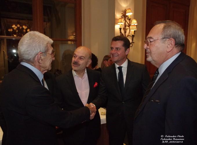 Ο κ. Γιάννης Μπουτάρης, Δημ. Θεσσαλονίκης, ο κ. Λ. Τσιλίδης, Πρόεδρος FEDHATTA, o κ. Μ. Μαυρόπουλος, Δ/νων Σύμβουλος TUI HELLAS και ο κ. Στ. Σκρέτας, Γεν. Γραμ. FEDHATTA