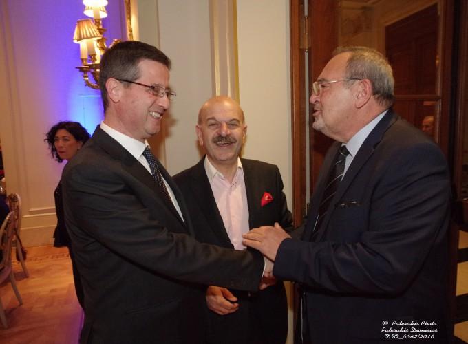 Ο κ. Γιώργος Τζιάλλας, Γεν. Γραμμ. Τουρ/κής Πολιτικής & Ανάπτυξης με τον κ. Λ. Τσιλίδη και τον κ. Στ. Σκρέτα