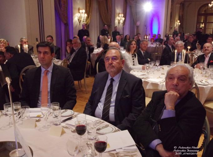 Ο κ. Δ. Τρυφωνόπουλος, Γεν. Γραμμ. ΕΟΤ, ο κ. Στ. Σκρέτας, Γεν. Γραμμ. FEDHATTA και ο κ. Μάκης Ζαχαράτος, Γεν. Γραμμ. Υπ. Τουρισμού
