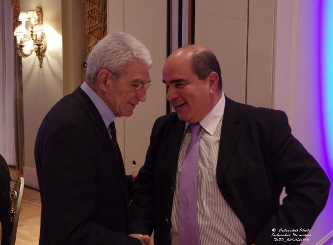 O κ. Γιάννης Μπουτάρης, Δήμαρχος Θεσσαλονίκης με τον Πρόεδρο του Ομίλου Unesco Πειραιώς και Νήσων κ. Γιάννη Μαρωνίτη