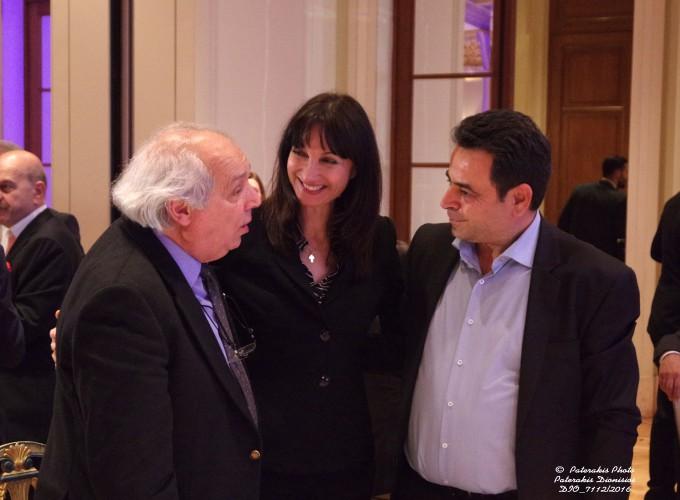 Ο κ. Μάκης Ζαχαράτος, Γεν. Γραμματέας Υπ. Τουρισμού, η κα Έλενα Κουντουρά, Αν. Υπ. Τουρισμού και ο κ. Νεκτάριος Σαντορινιός, βουλευτής Δωδεκανήσου και επικεφαλής του Τομέα Ανάπτυξης-Τουρισμού και ΕΣΠΑ της Κ.Ο. του ΣΥΡΙΖΑ