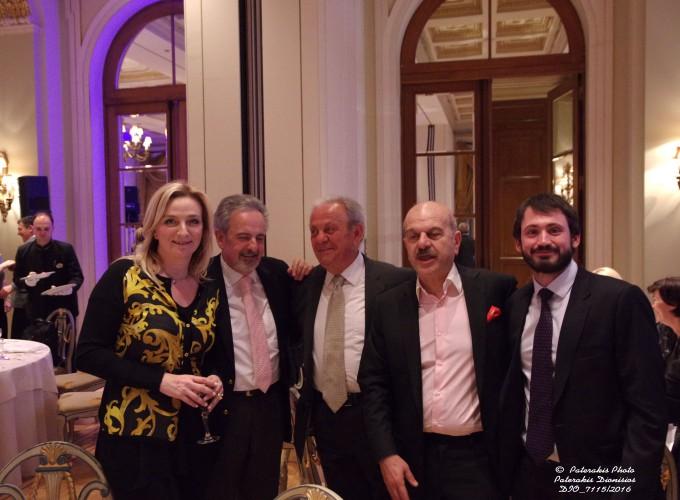 Η κα Αγγελική Χονδροματίδου, Διευθύντρια γραφείου Υπ. Τουρισμού, ο κ. Π. Φούντας, Kronos Holidays, ο κ. Λύσανδρος Τσιλίδης, Πρόεδρος FEDHATTA και ο κ. Δάβαρης