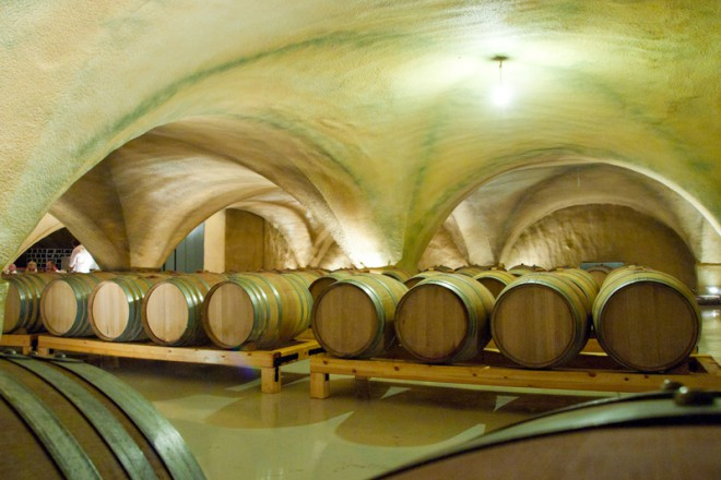 mountathos-wine7