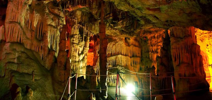Αποτέλεσμα εικόνας για σπήλαιο Σφεντόνη των Ζωνιανών