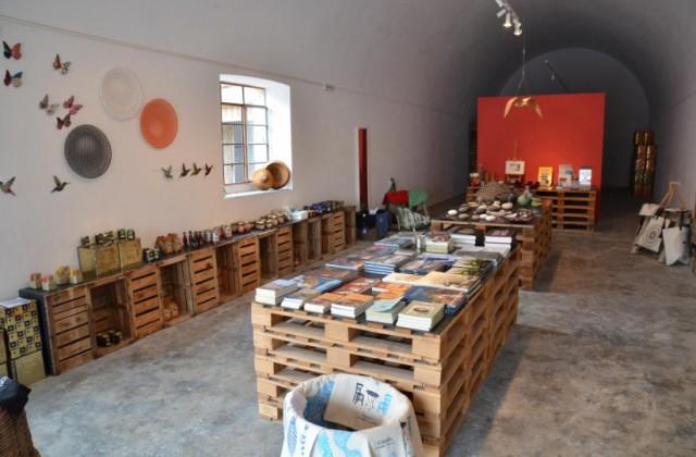 tomato-industrial-museum-santorini1